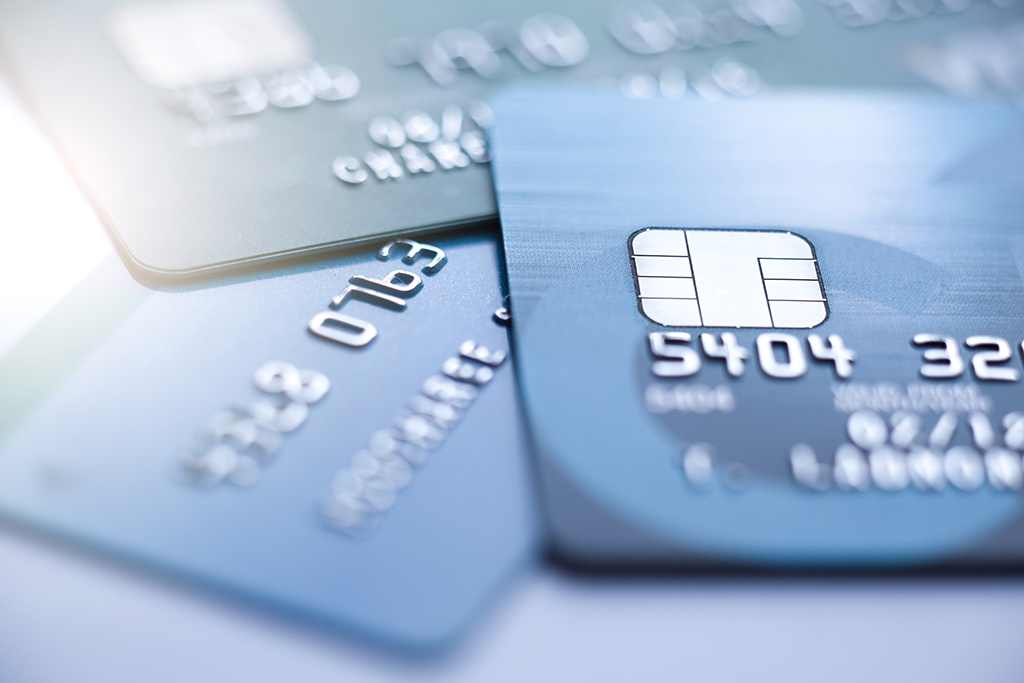 עוקץ כרטיסי אשראי